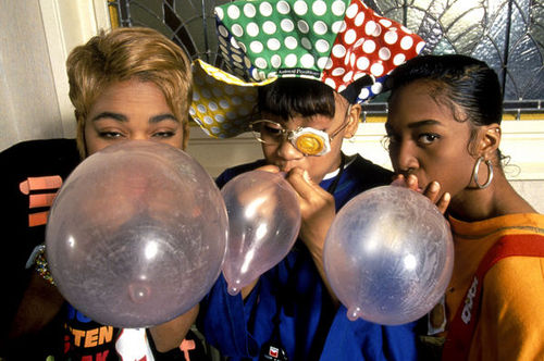 TLC in the 1990's © Clemens Rikken / Sunshine / RetnaUK Image found on http://oneearcovered.tumblr.com/